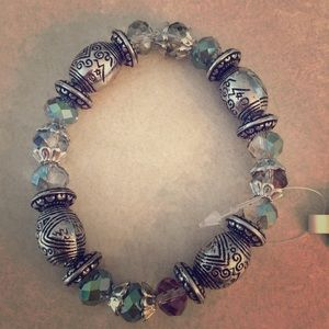 4 for $20 💫 | Green and purple beaded bracelet